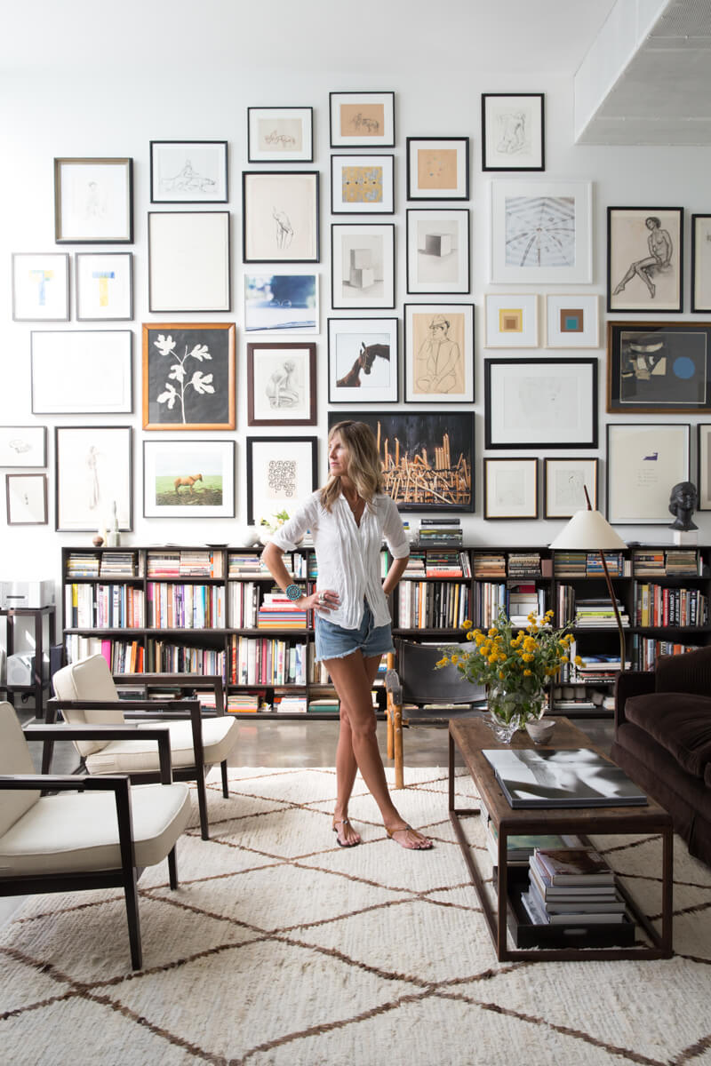 Décorer sa bibliothèque avec des tableaux