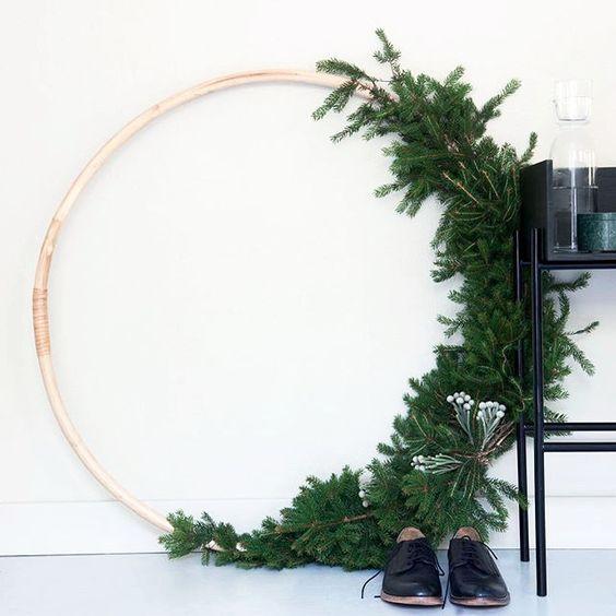 Réalisez une couronne de Noel végétale et originale