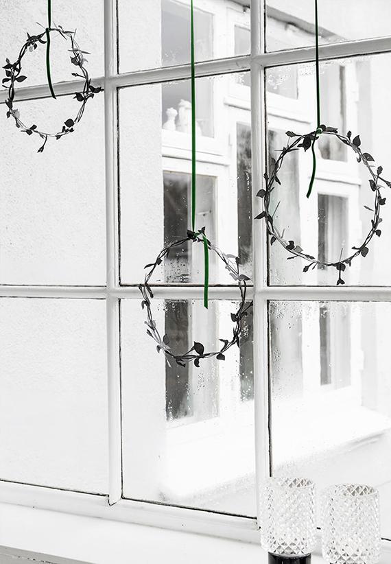 Découvrez plein de tuto pour réaliser une couronne de Noel moderne et minimaliste