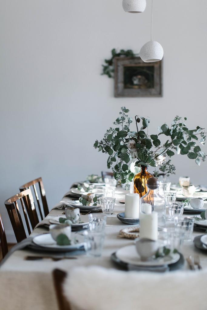 Idée déco pour une table de Noel naturelle et végétale