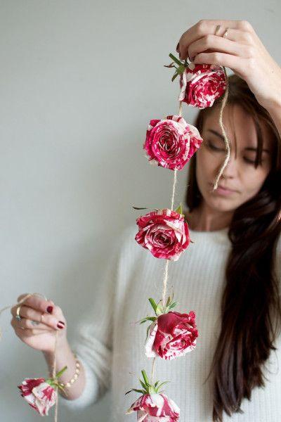 5 idées déco pour créer soi-même une guirlande de fleurs