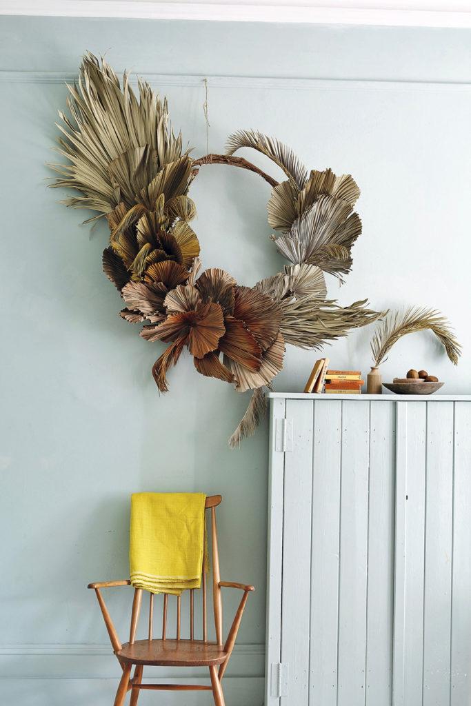Idée déco pour une couronne de fleurs séchées